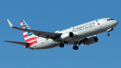 A picture of N953NN - Boeing 737823 - American Airlines - © Lorenzo P