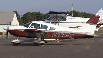 N8915W - Piper PA-28-235 Cherokee - Private
