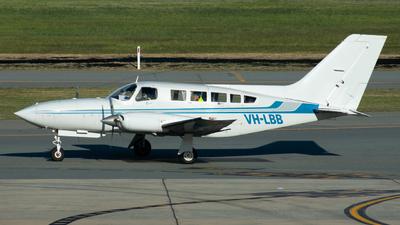 VH-LBB - Cessna 402C - Private