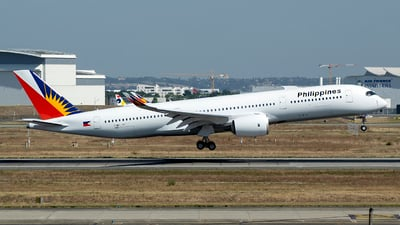 F-WZFP - Airbus A350-941 - Philippine Airlines