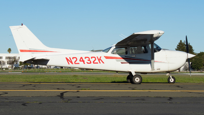 N2432K - Cessna 172R Skyhawk - Private