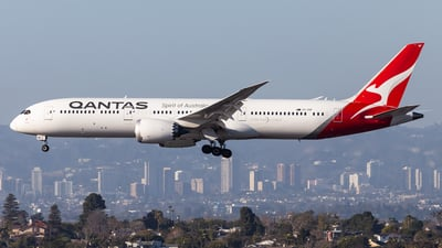 A picture of VHZNF - Boeing 7879 Dreamliner - Qantas - © Brandon Giacomin