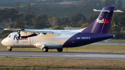 A picture of N921FX - ATR 42300(F) - FedEx - © Beck Ramsey