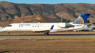A picture of N880AS - Mitsubishi CRJ200ER - United Airlines - © Ricky Teteris
