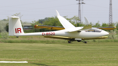 A picture of D8520 - SchemppHirth Ventus 2A - [063] - © Ferenc Kolos