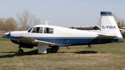 A picture of CFQDE - Mooney M20E - [690052] - © Mike MacKinnon