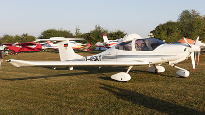 D-ESKT - Diamond DA-40 Diamond Star - Private