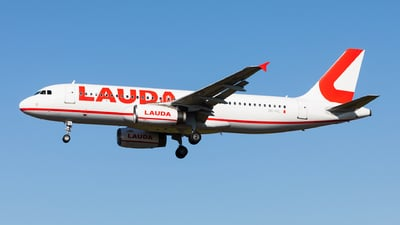 A picture of 9HIHL - Airbus A320232 - Lauda Europe - © Carlos Miguel Seabra