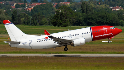LN-KKX - Boeing 737-33S - Norwegian
