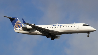 N909SW - Bombardier CRJ-200ER - United Express (SkyWest Airlines)