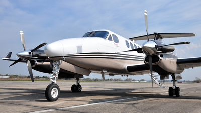 D-IBSH - Beechcraft B200GT Super King Air - Private