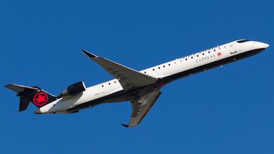 C-FJJZ - Bombardier CRJ-900LR - Air Canada Express (Jazz Aviation)