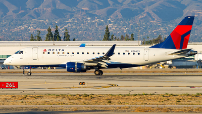 A picture of N286SY - Embraer E175LR - Delta Air Lines - © Lynn Aisin-Gioro
