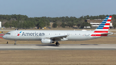 A picture of N543UW - Airbus A321231 - American Airlines - © Matthew Scott