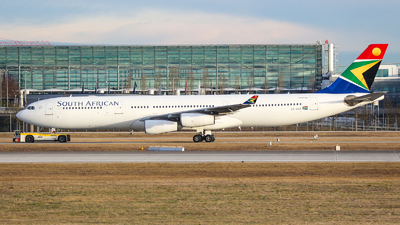 ZS-SXB - Airbus A340-313E - South African Airways