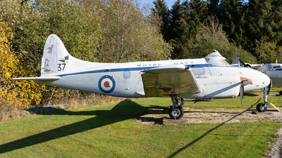 XJ348 - De Havilland DH-104 Sea Devon C.20 - United Kingdom - Royal Navy