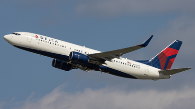 N775DE - Boeing 737-8EH - Delta Air Lines