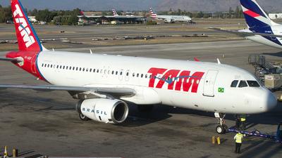PR-MBP - Airbus A320-232 - TAM Linhas Aéreas