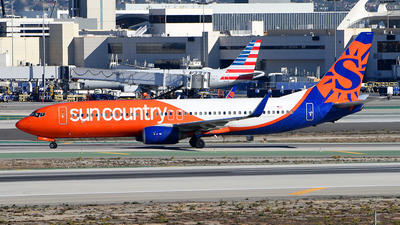 A picture of N830SY - Boeing 73783N - Sun Country Airlines - © Rocky Wang