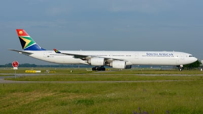 ZS-SNA - Airbus A340-642 - South African Airways