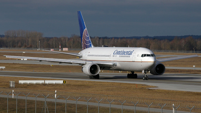 N67158 - Boeing 767-224(ER) - Continental Airlines
