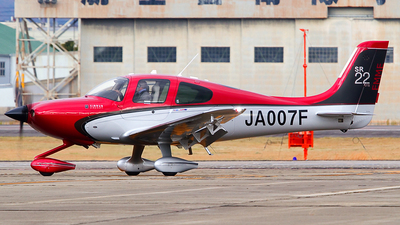 A picture of JA007F - Cirrus SR22 GTS - [3943] - © Shimizu Brothers