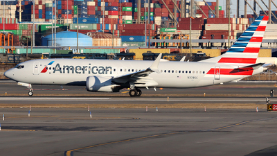 A picture of N378SC - Boeing 737 MAX 8 - American Airlines - © Xiamen Air 849 Heavy
