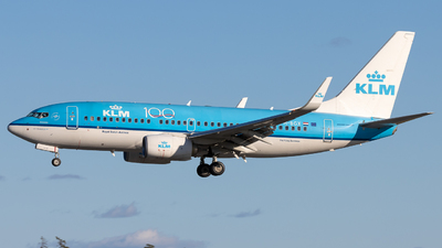 A picture of PHBGX - Boeing 7377K2 - KLM - © Rickard Andersson