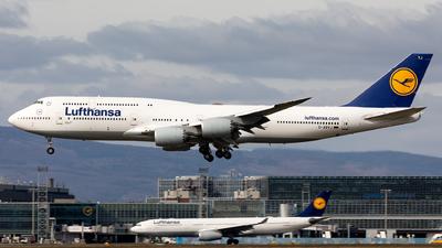 A picture of DABYJ - Boeing 747830 - Lufthansa - © Sebastian Sowa