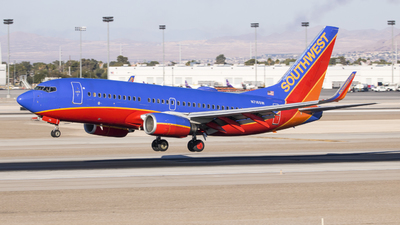 A picture of N716SW - Boeing 7377H4 - Southwest Airlines - © David Lee