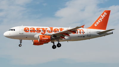 A picture of GEZAK - Airbus A319111 - easyJet - © Eduardo Seijo