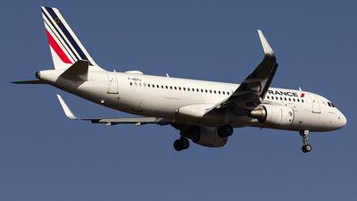 A picture of FHEPJ - Airbus A320214 - Air France - © Aleksandr Alekhichev