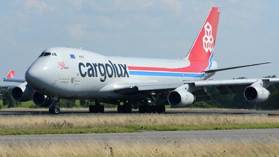 A picture of LXOCV - Boeing 7474R7(F) - Cargolux - © Benjamin Exenberger