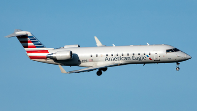 A picture of N241PS - Mitsubishi CRJ200ER - American Airlines - © Yan777