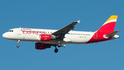 A picture of ECJFG - Airbus A320214 - Iberia Express - © Mateo León