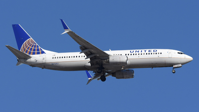 A picture of N37252 - Boeing 737824 - United Airlines - © DJ Reed - OPShots Photo Team