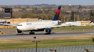A picture of N851NW - Airbus A330223 - Delta Air Lines - © xuxinyi1000