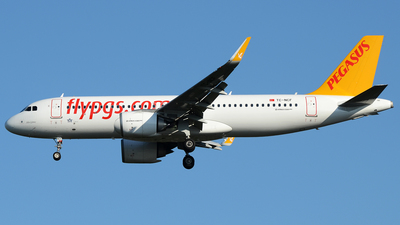 A picture of TCNCF - Airbus A320251N - Pegasus Airlines - © Bjoern Huke
