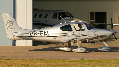 PR-FAL - Cirrus SR22-GTS G3 Turbo - Private