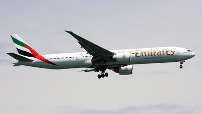 A6-EQL - Boeing 777-31HER - Emirates