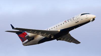 A picture of N8903A - Mitsubishi CRJ200LR - Delta Air Lines - © h.giraff
