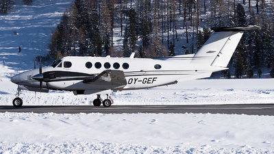 OY-GEF - Beechcraft B200GT Super King Air - Private