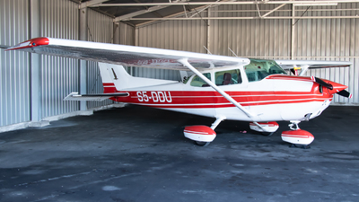 A picture of S5DDU - Cessna 172N Skyhawk - [17270516] - © Jacopo Mozzato