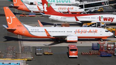HL8034 - Boeing 737-8HX - Jeju Air