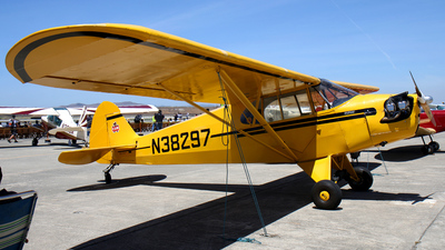 N38297 - Piper J-5A Cub Cruiser - Private