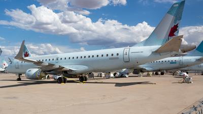 C-FNAP - Embraer 190-100IGW - Untitled