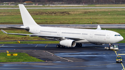 OE-ILX - Airbus A330-243 - Untitled