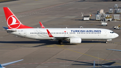 A picture of TCJZH - Boeing 7378F2 - Turkish Airlines - © Marcel Schmidt