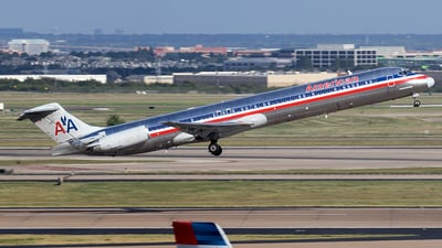 N9626F - McDonnell Douglas MD-83 - American Airlines