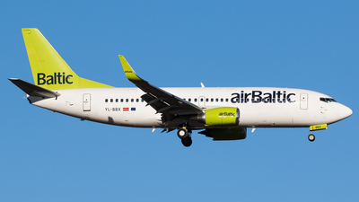 A picture of YLBBX - Boeing 73736Q - [30334] - © Teemu Pesonen